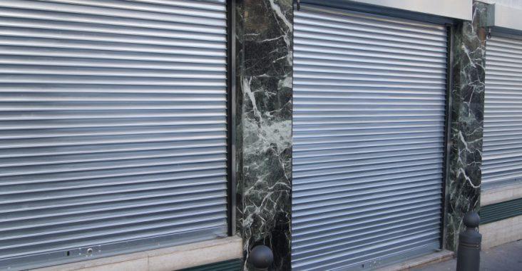 les rideaux métalliques